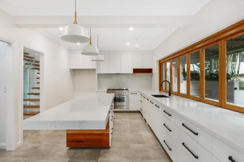 cairns-builder-renovation-kitchen