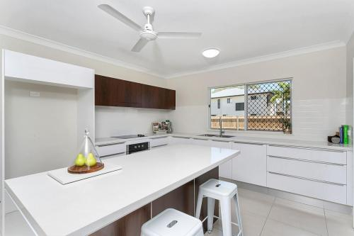 cairns-builder-new-home-kitchen