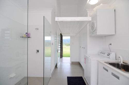 cairns-builder-home-inside-drying-rack