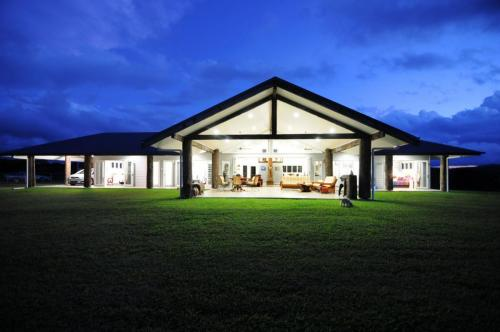 cairns-builder-sustainalble-house-of-the-year