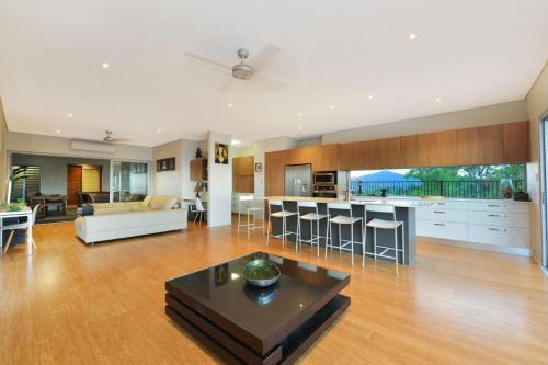cairns-builder-new-home-open-plan-living