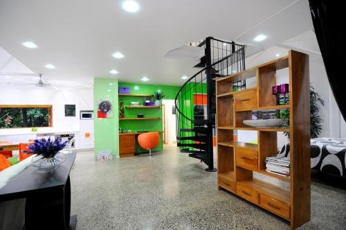 Cairns-Builder-Renovation-Polished-Concrete-Floor